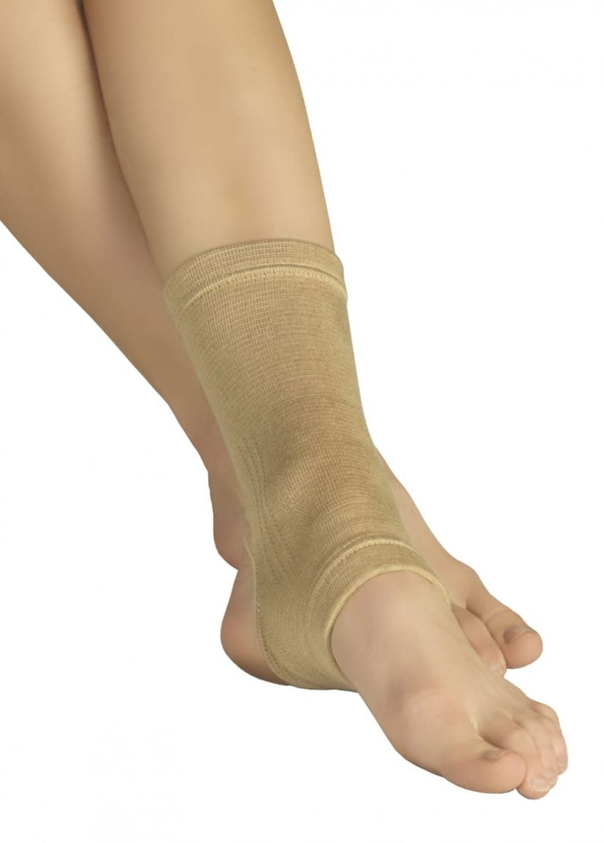 Эластичный трубчатый бинт (ортез) для фиксации суставов стопы TONUS ELAST 9605-03. 1